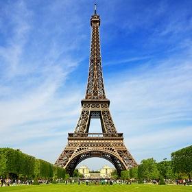 Visit the Eiffel Tower in France - Bucket List Ideas