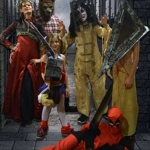 Have all my kids win a halloween costume contest trophy - Bucket List Ideas