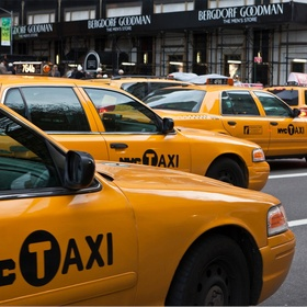 Ride in a yellow cab in New York - Bucket List Ideas