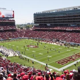 Attend a 49ers game in Santa Clara, CA - Bucket List Ideas