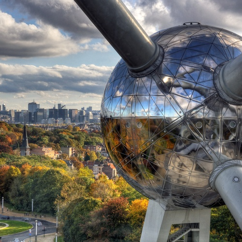 Go inside the Atomium in Brussels - Bucket List Ideas