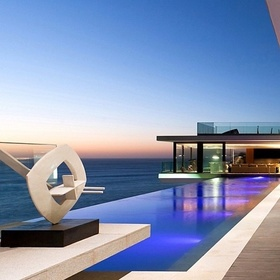 Rent a villa with an infinity pool and ocean view - Bucket List Ideas