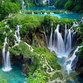 Croatia - Plitvice Lakes - Bucket List Ideas
