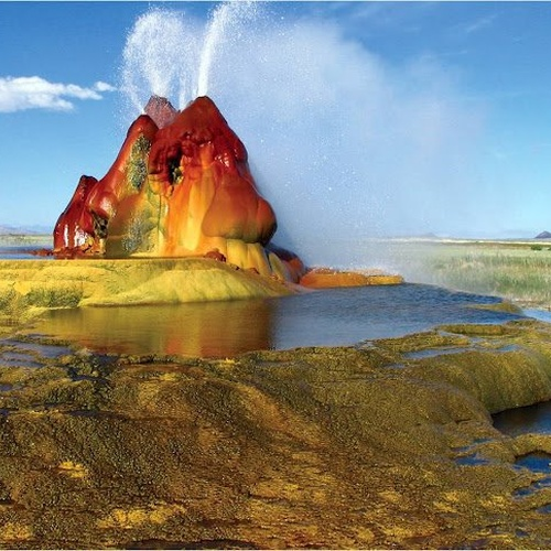 See The Fly Ranch Geysers in Nevada - Bucket List Ideas
