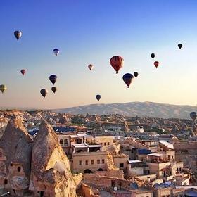 The hot air balloon festival in Cappadocia, Turkey - Bucket List Ideas
