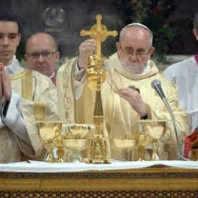 See the Pope/ attend a Papal Mass - Bucket List Ideas
