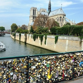 Put a padlock on love-lock bridge in Paris. (Pont de l'Archevêché) - Bucket List Ideas
