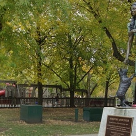 Visit Oz Park in Chicago - Bucket List Ideas