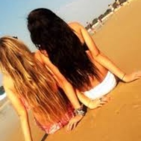 Go to the beach with my bff - Bucket List Ideas
