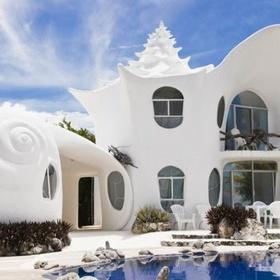 Stay in the Seashell House - Bucket List Ideas