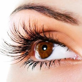 Have Thick And higher eyelashes naturally - Bucket List Ideas