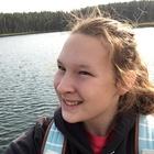 Elle Winters's avatar image