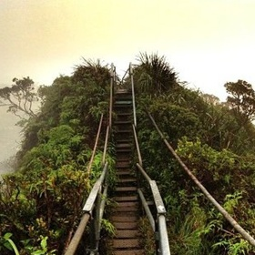Hike The Stairway To Heaven in Hawaii - Bucket List Ideas
