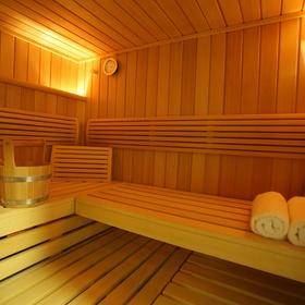 Take my mom to a nice sauna - Bucket List Ideas