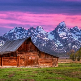 See the T. A. Moulton Barn in Grand Teton National Park - Bucket List Ideas
