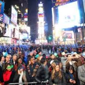 See the ball drop in NYC for new years - Bucket List Ideas