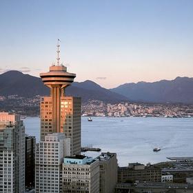 Visit the Vancouver lookout - Bucket List Ideas