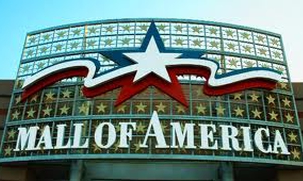 Visit the Mall of America - Bucket List Ideas