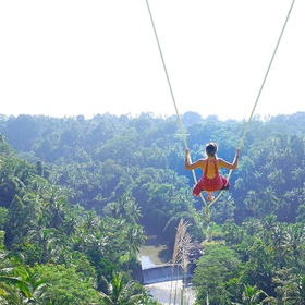 Sit on ubud swing at zen hideaway ~ Bali - Bucket List Ideas