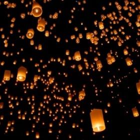 Go to the Lampioanelor Flying Lantern Festival in Taiwan - Bucket List Ideas