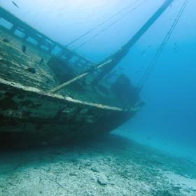 Scuba-dive to a shipwreck - Bucket List Ideas