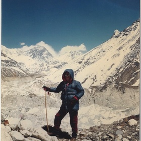 Climb to the base camp at Everest - Bucket List Ideas