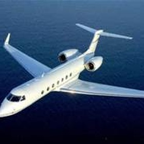 Fly on a private jet - Bucket List Ideas