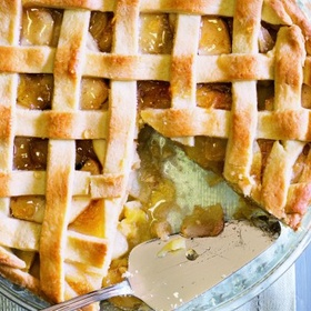 Bake an apple pie - Bucket List Ideas
