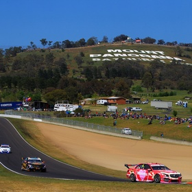 Attend the Bathurst 1000 Motor Race - Bucket List Ideas