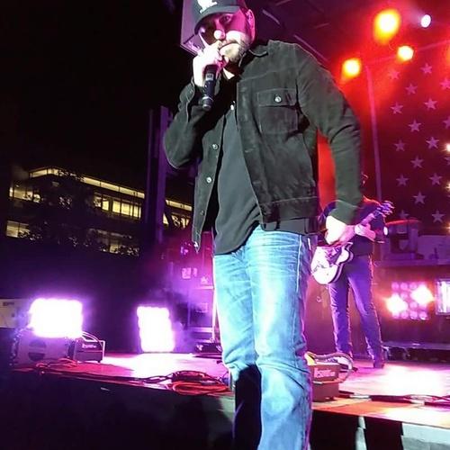 See Tyler Farr Live - Front Row - Bucket List Ideas