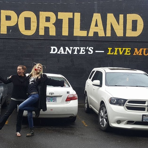 Have my photo taken in front of the 'KEEP PORTLAND WEIRD sign - Bucket List Ideas