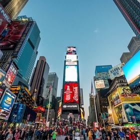 Eat a bagel in Times Square - Bucket List Ideas