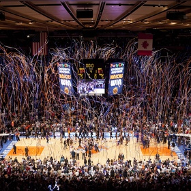 Go to the NBA, Madison Square Garden, New York - Bucket List Ideas