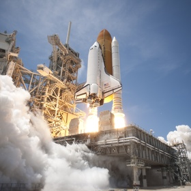 Watch a space shuttle launch - Bucket List Ideas