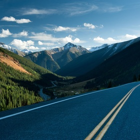 Drive on  Route 550 'The Million Dollar Highway, Colorado - Bucket List Ideas