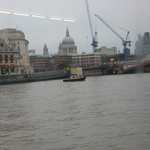 Take a boat trip on the Thames River - Bucket List Ideas