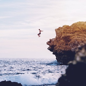 Go cliff jumping - Bucket List Ideas