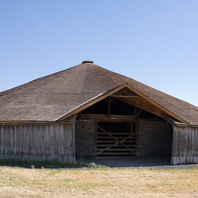 See the Pete French Round Barn in Oregon - Bucket List Ideas
