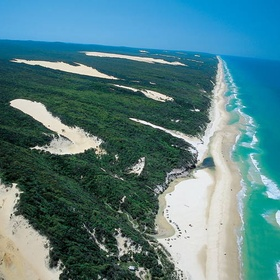 Visit Fraser Island - Bucket List Ideas