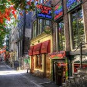 Visit coffee shop in amsterdam - Bucket List Ideas