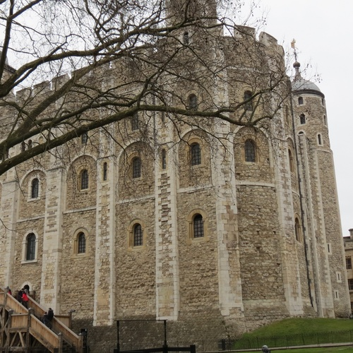 See the Crown Jewels - Bucket List Ideas