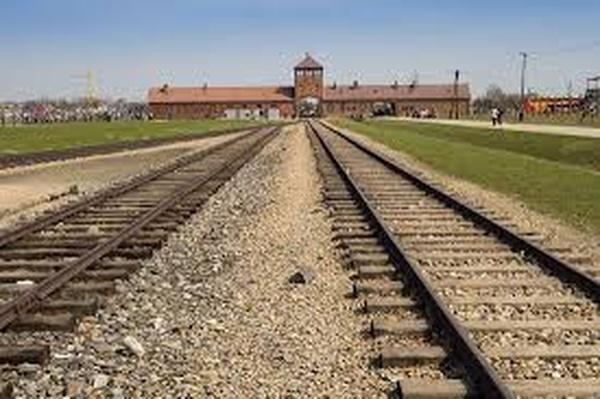 Visit Auschwitz Birkenau - Bucket List Ideas