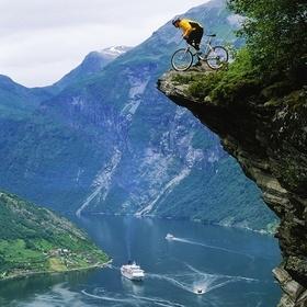 Geiranger Fjord, Norway - Bucket List Ideas
