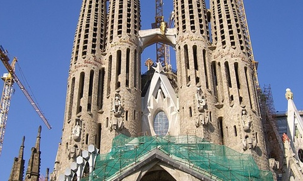 See gaudi's works in Barcelona - Bucket List Ideas