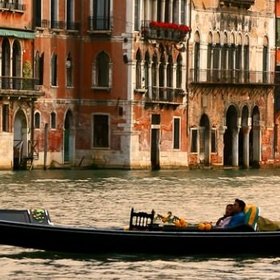 Europe- Visit Venice and Go for a Gondola Ride; Italy - Bucket List Ideas