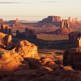 Visit Monument Valley Navajo Tribal Park, Arizona - Bucket List Ideas