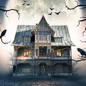 Go to a haunted house - Bucket List Ideas