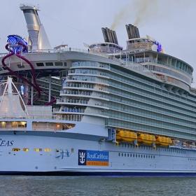 Cruise in the Harmony of the Seas - Bucket List Ideas