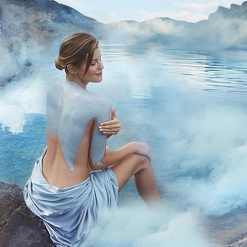 Bathe in the Blue Lagoon Geothermal Spa, Iceland - Bucket List Ideas