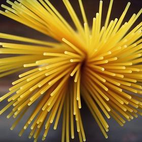 Spaghetti met bruine suiker eten - Bucket List Ideas